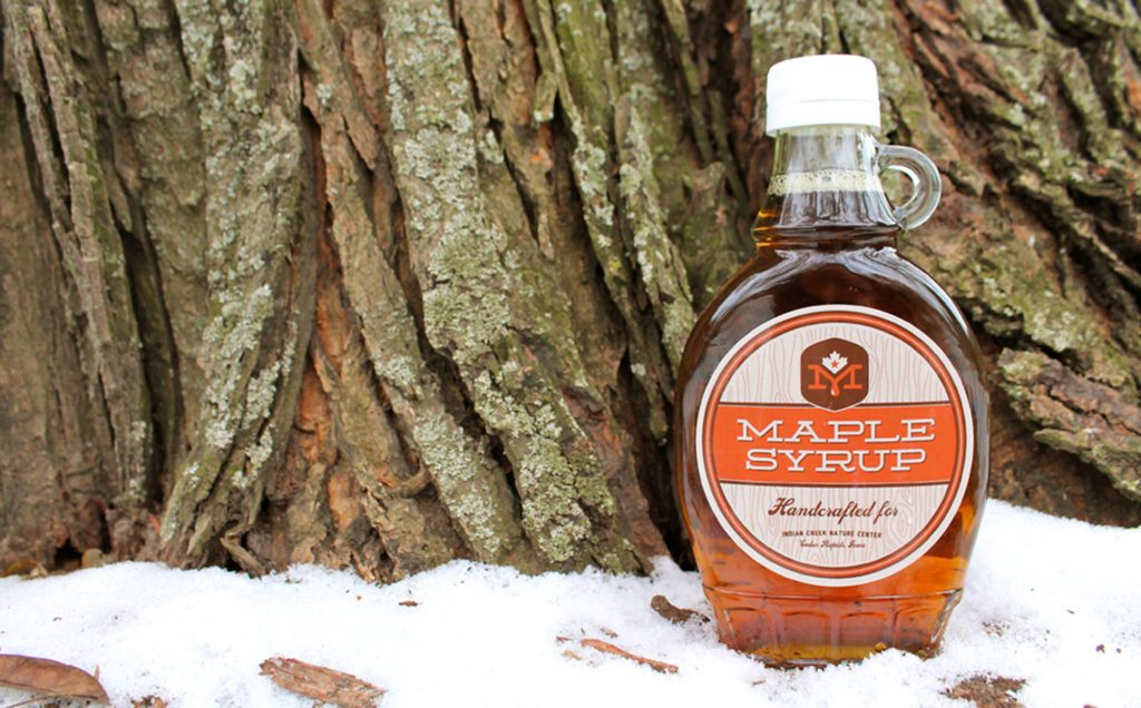 ICNC-MSF-Photo-of-maple-syrup-bottle-in-the-snow---high-res